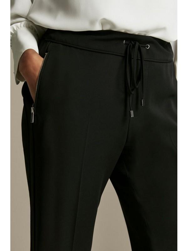 Dark smart jogging pants